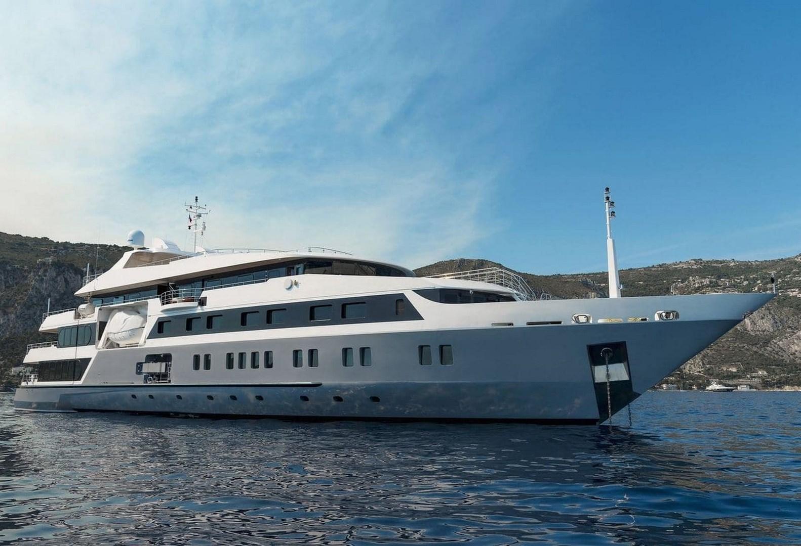 Motor Yacht 2004 L022033082001 12